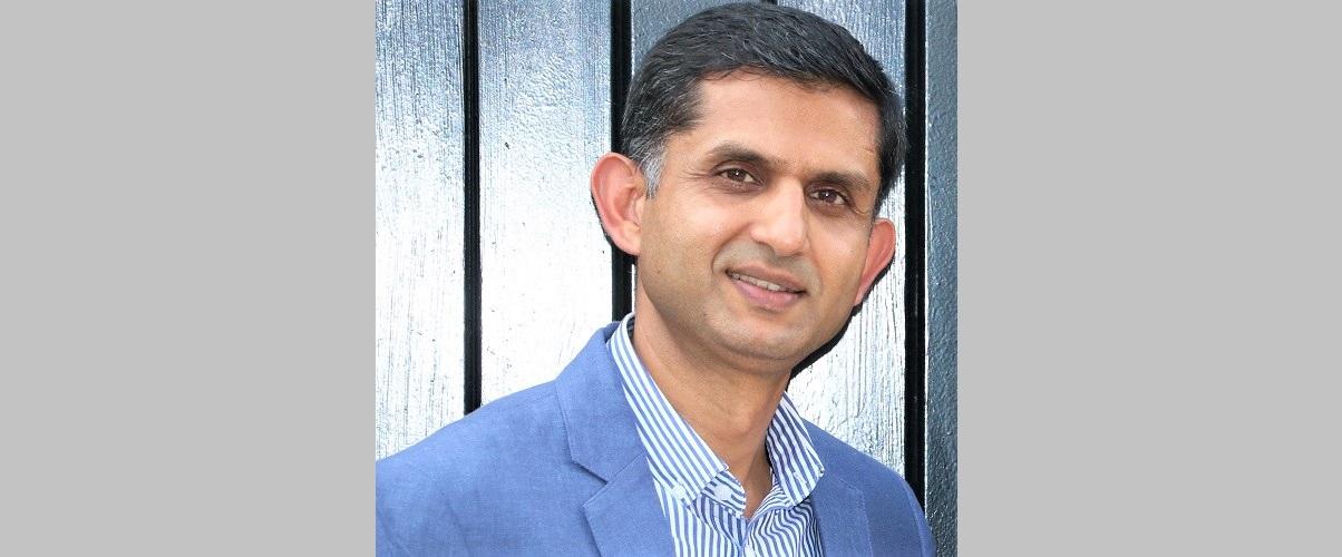 पुष्प शर्मा