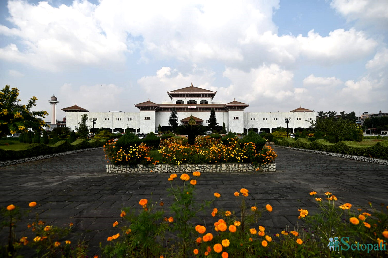 नयाँ वानेश्वरस्थित संसद भवन परिसर। तस्बिरः निशा भण्डारी/सेतोपाटी