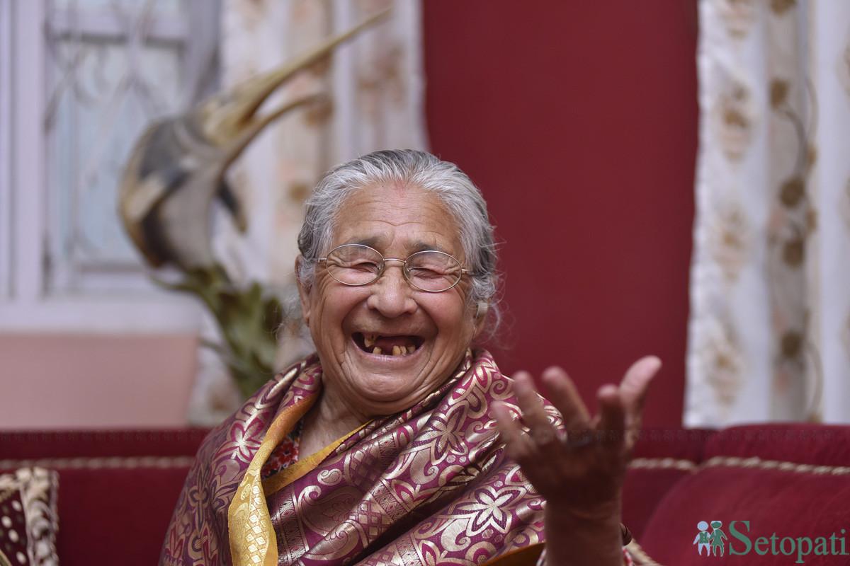 ८७ वर्षीया नानीछोरी श्रेष्ठ। तस्बिरः नारायण महर्जन/सेतोपाटी