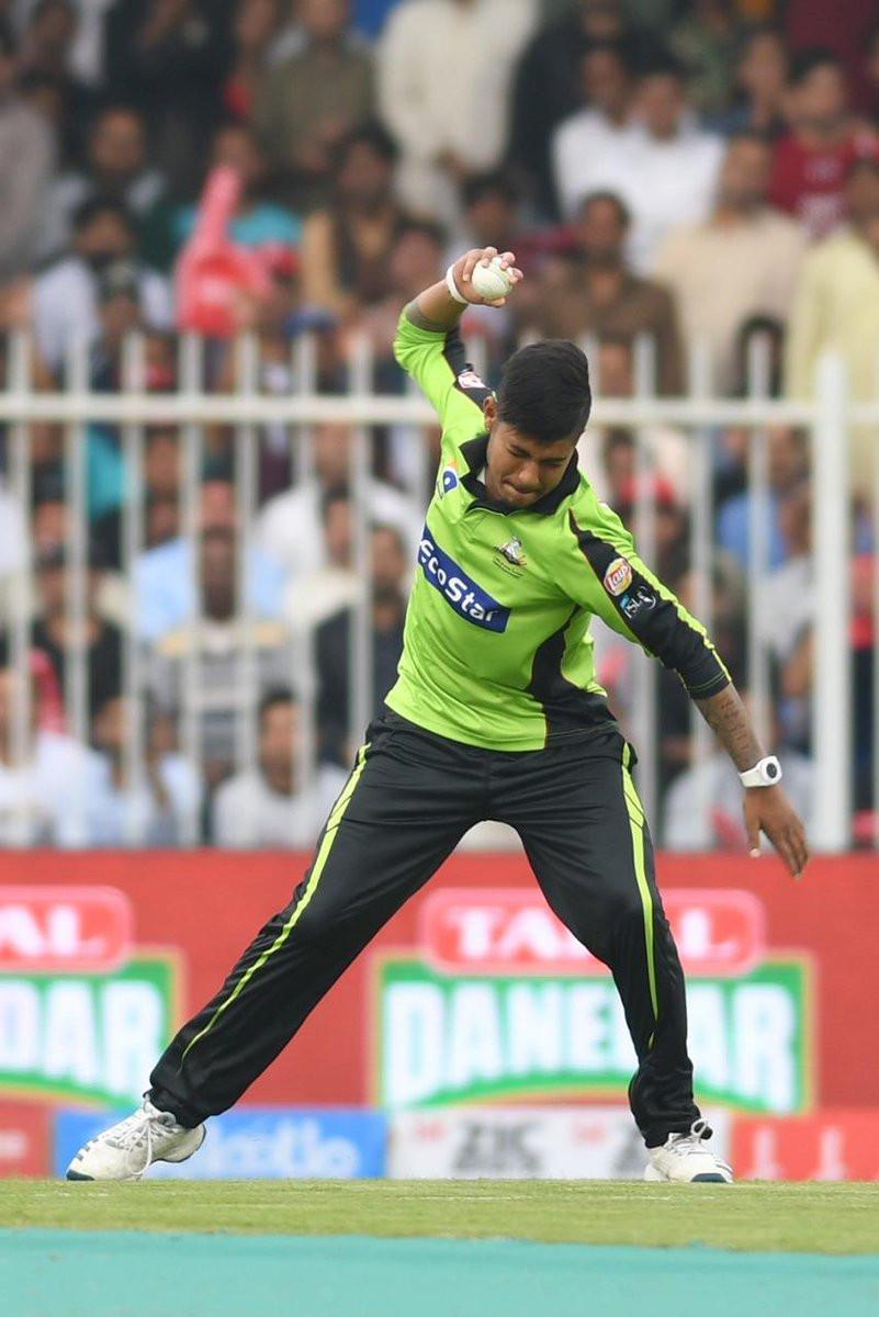 पाकिस्तान सुपर लिगको डेब्यू खेलमै सन्दीपले लिए ३ विकेट