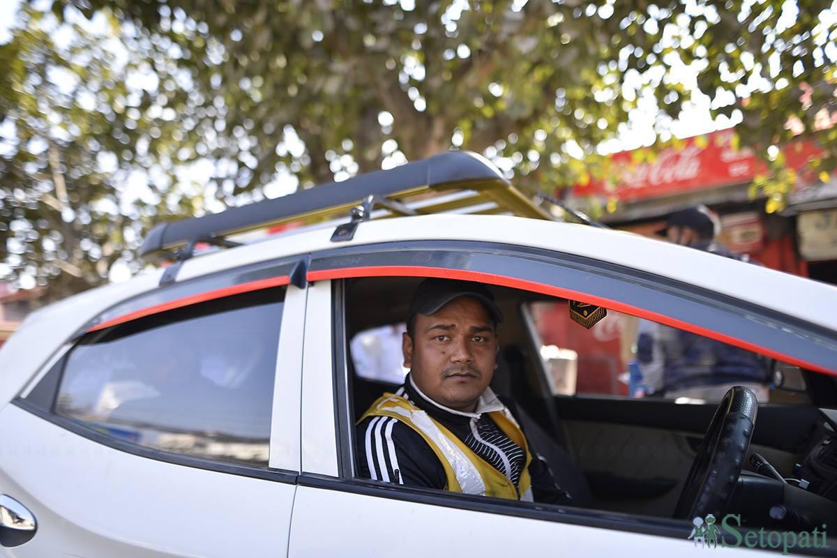 ट्याक्सी चालक युसुफ अली। फाइल तस्बिर।