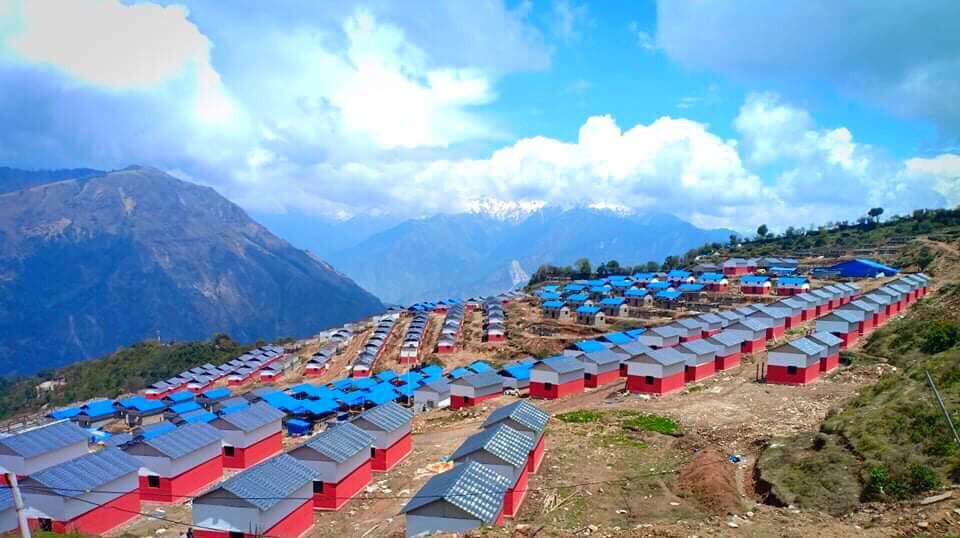 भुइँचालो पीडितहरूका लागि गोरखाको लाप्राकमा नवनिर्मित घरहरू। तस्बिर स्रोत: जेपी श्रेष्ठ