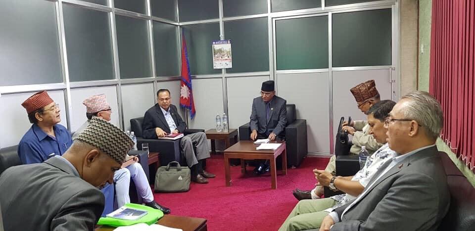 नेकपा सचिवालय बैठक १ बजे धुम्बाराहीमा, प्रधानमन्त्री ओली नजाने