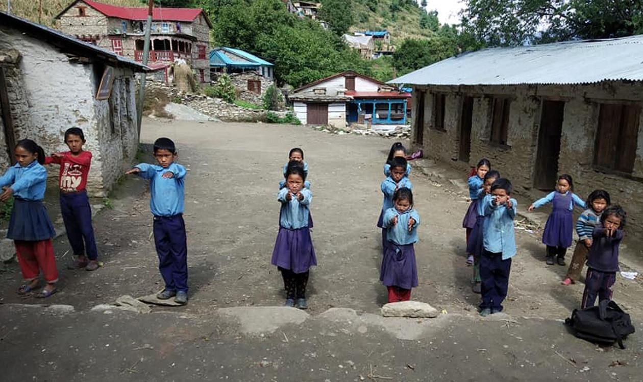 सरकारले माग्यो एक वर्ष पढाउने १५ सय शिक्षक, लाइसेन्स नचाहिने