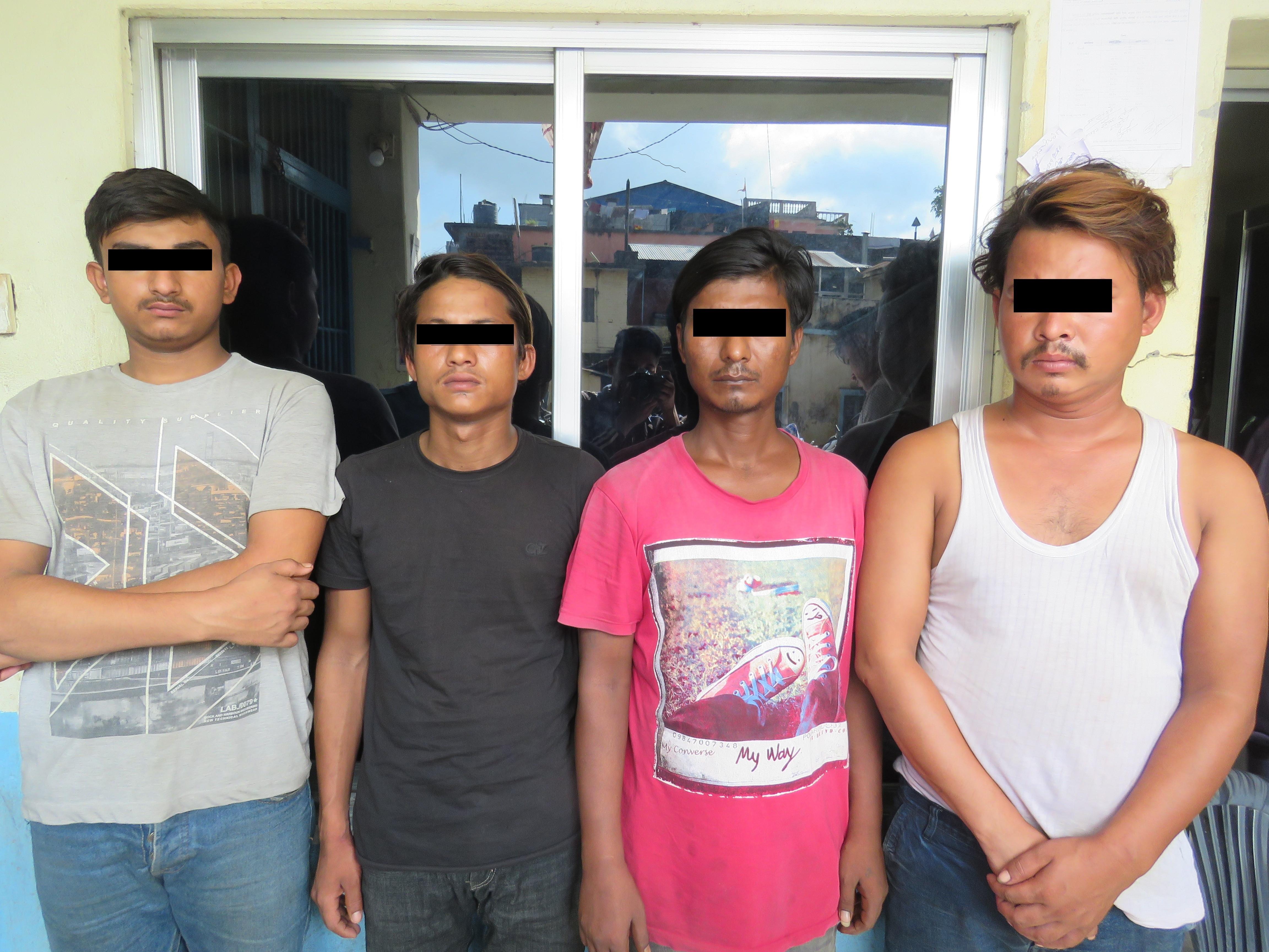 युवती बलात्कारमा पक्राउ परेका चार जना। तस्बिर: प्रहरी