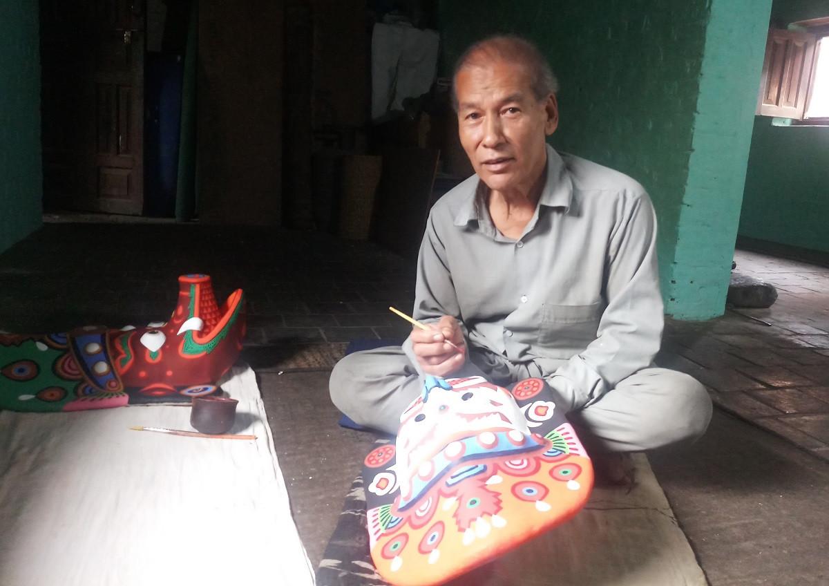 ७४ वर्षीय पूर्ण चित्रकार। तस्बिरः सबिना श्रेष्ठ/सेतोपाटी