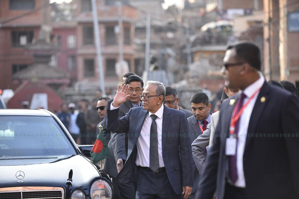 बंगलादेशी राष्ट्रपतिको भक्तपुरमा १ घण्टा (फोटोफिचर)