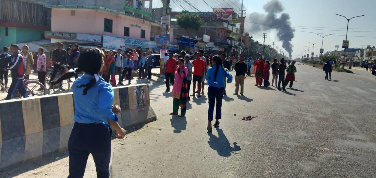 कोहलपुरमा ३ बजेदेखि कर्फ्यू, घाइते छात्रालाई काठमाडौं ल्याउन सेनाको हेलिकप्टर