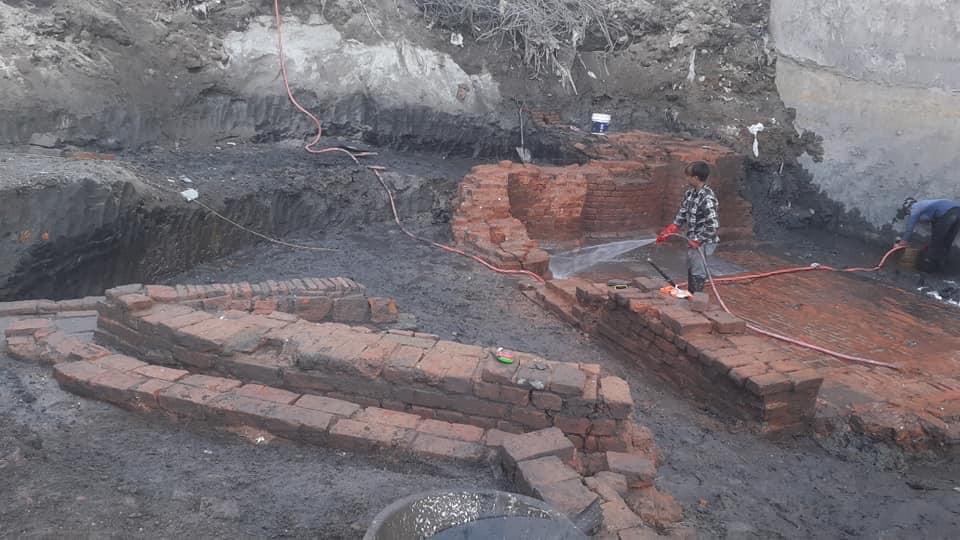 हात्तिसार हिति उत्खनन् गर्दा भेटिएका पुरातात्त्विक संरचना।