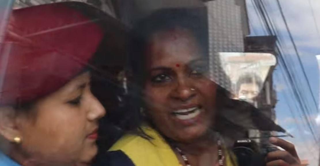 प्रहरीले लाठी हिर्काउँदै खेदेका महिलामध्ये एकसँग पूर्वजर्नेलको २२ वर्षदेखि सम्बन्ध
