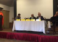यलमाया केन्द्रमा शुक्रबार पत्रकार डम्बरकृष्ण श्रेष्ठको किताब 'नेपाली प्रवासन' विमोचन गरिँदै। तस्बिर: सेतोपाटी