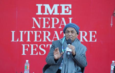 पोखरामा आयोजित नेपाल साहित्य महोत्सवको अन्तिम दिन सोमबार प्रदीप गिरि।