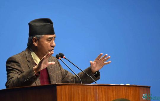 संसद बैठकमा सम्बोधन गर्दै नेपाली कांग्रेसका सभापति शेरबहादुर देउवा। फाइल तस्बिरः नारायण महर्जन