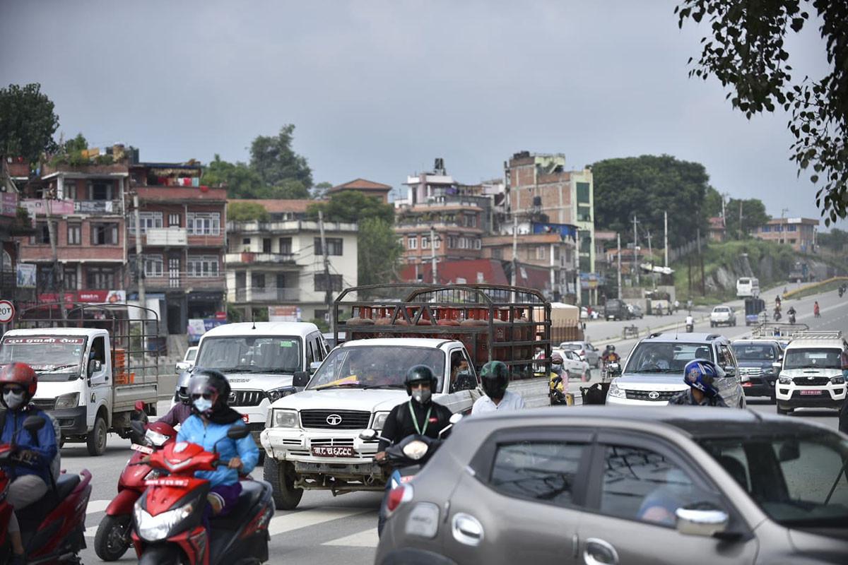 https://www.setopati.com/uploads/shares/2020/sujita/khukulo vehicle/vehicle khukulo (1).jpg
